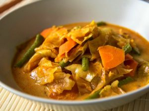 322. Singapore Vegetable Curry